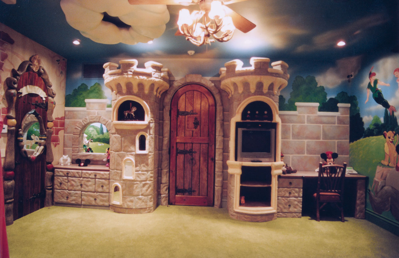 Daddona studios inc themeing and design for Castle kids room